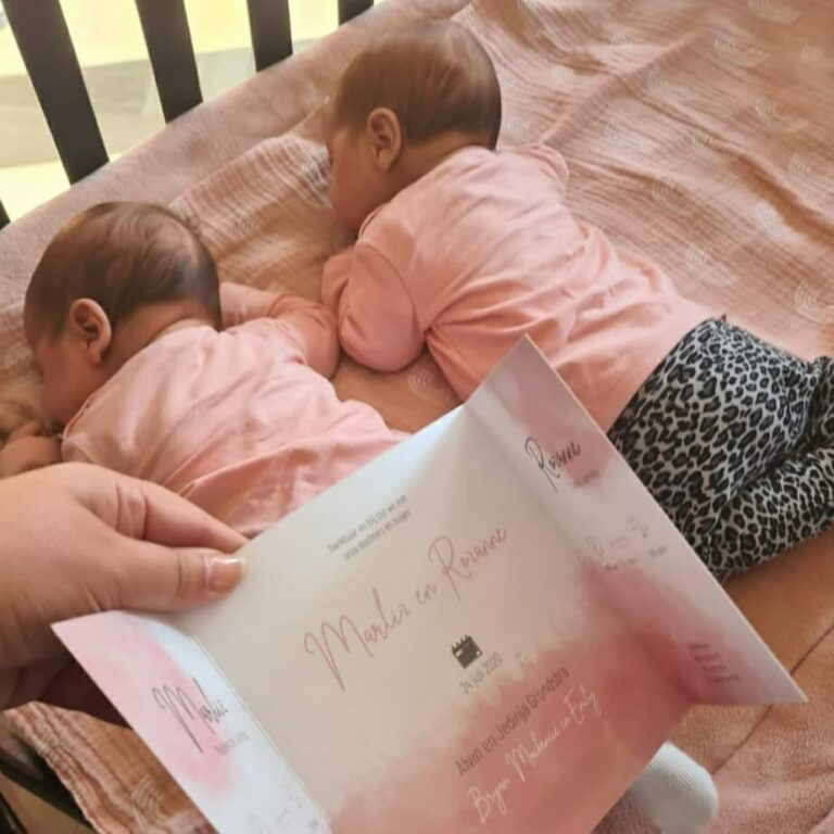 Geboortekaartje Marliz en Rozanne 2 - MERQ